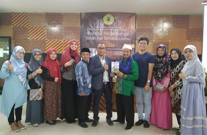 Jurusan PBI FKIP Untirta Adakan Workshop Pengembangan Bahan Ajar Berbasis Literasi