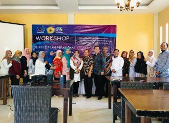 Workshop Penyusunan Perangkat Evaluasi Pembelajaran Jurusan Pendidikan Bahasa Inggris