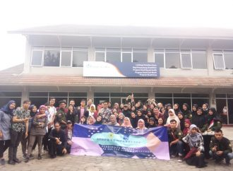 Mahasiswa PKh FKIP UNTIRTA Melakukan Studi Banding Ke Bandung